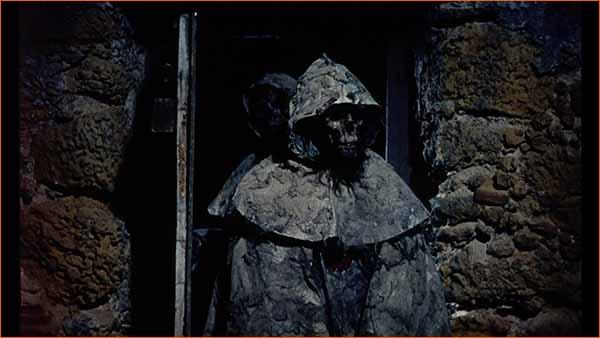 Tumbas De Los Muertos Ciegos (1972)